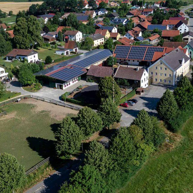 Zuchthof Wadenspanner Luftbild 2013